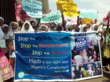 Muslims-protest-punishment-of-pupils-for-wearing-hijab--360x2703120