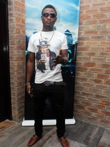 Bachelors-Nite-II-Party-in-Lagos-June-2013-BellaNaija009-450x600