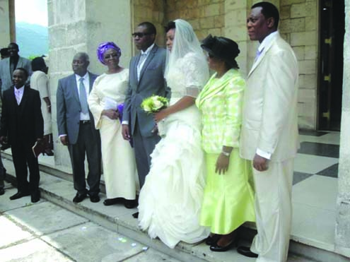 kumuyis_son_marries