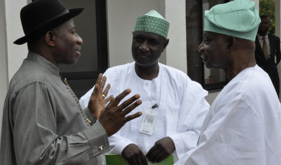 PRESIDENT GOODLUCK JONATHAN WITH CHAIRMAN OF THE PRESIDENTIAL ADVISORY COMMITTEE ON NATIONAL DIALOGUE, SEN. FEMI OKUROUNMU & SECTRETARY, AKILU INDABAWA SHORTLY AFTER THEIR INAUGURATION AT THE STATE HOUSE, ABUJA