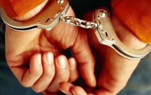criminal_in_handcuffs