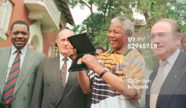 Getty Image: Issa Hayatou, Joao Havelange, Nelson Mandela and Sepp Blatter in Ouagadougou.
