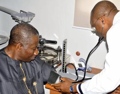 goodluck_jonathan_medical_checkup
