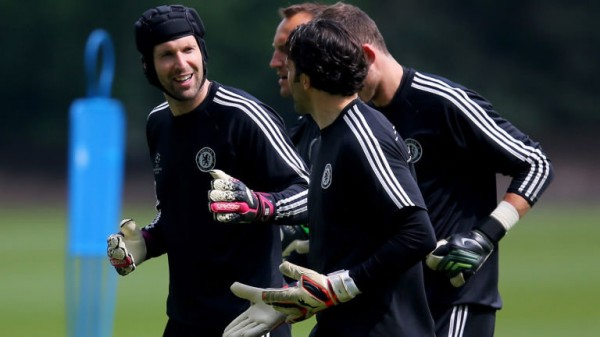 Petr Cech Joins, Mark Schwarzer and Hillario for Pace.