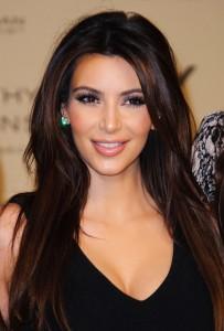 kim-kardashian-launch-kardashian-kollection-01