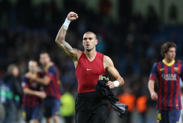 Victor Valdes Bids Barca Farewell, Thanks His Coaches, Colleagues and Fans.