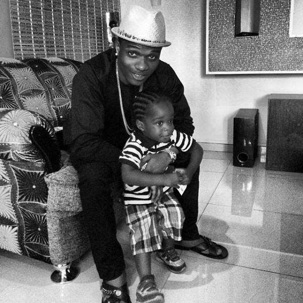 wizkid-and-son-boluwatife-600x600