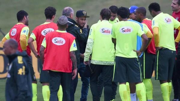 Neymar Visits Brazil Training Camp In Teresopolis. Image: Fifa via Getty Image.