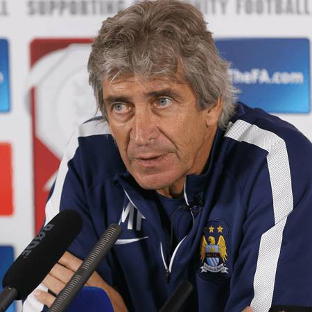 Manuel Pellegrini Answers the Press Ahead of the 2014/15 Community Shield.