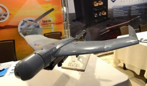 China-unveils-laser-defense-cannon