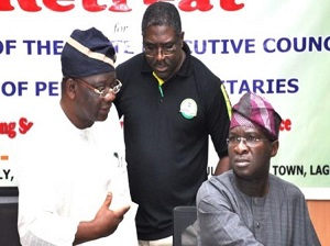 PHOTO: LAGOS STATE GOVERNOR BABATUNDE FASHOLA (R) DISCUSSING WITH SPECIAL ADVISER, WORKS AND INFRASTRUCTURE, ENGR. GANIYU JOHNSON (L) AND EXECUTIVE CHAIRMAN, LAGOS INLAND REVENUE SERVICES (LIRS), MR TUNDE FOWLER (M), DURING A RETREAT.