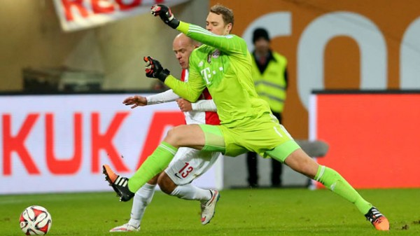Manuel Neuer Says Bayern Cannot Afford to be Complacent. Image: Getty.