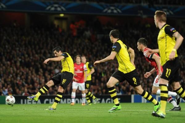 Henrikh Mkhitaryan Scores Against Arsenal at the Emirate. Image: Getty.