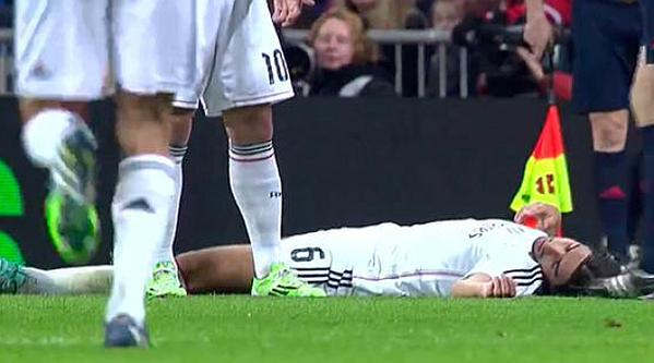 Sami Khedira Suffered Concussion  After Colliding With a Cornella Midfielder During Tuesday Night's Copa del Rey.