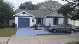 245E061C00000578-2893754-Scene_Deputies_went_to_an_Oldsmar_residence_pictured_where_Maria-a-22_1420152531823