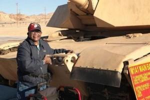 US-Marine-Corps-grants-veterans-final-wish-to-hug-a-tank
