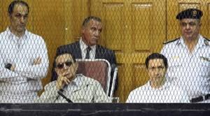 egypt-court-orders-retrial-in-mubarak-embezzlement-case_2802_720_400