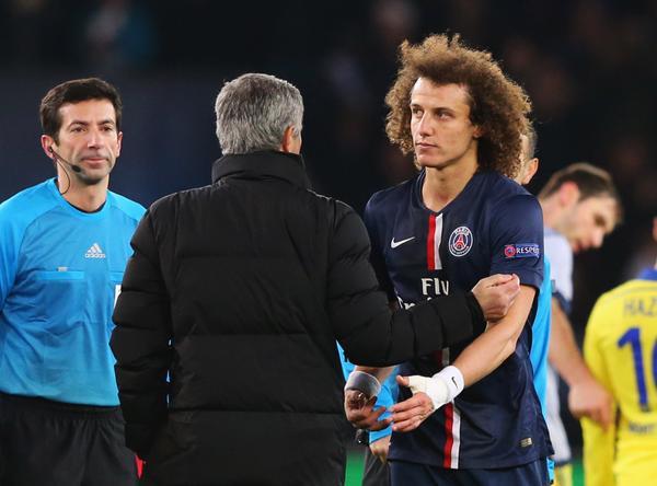 Jose Mourinho and David Luiz Exchange Pleasantries After the Match. Image: Getty.