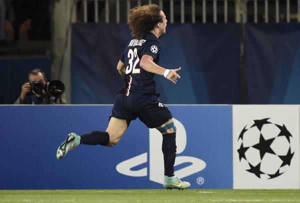 David Luiz Celebrate after Scoring against Barcelona in September. Image: Getty.