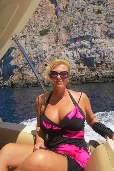bikini-bud-on-new-sexy-croatian3