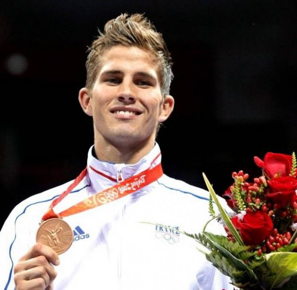 Alexis Vastine Making a Podium Appearance at the 2008 Beijing Olympic Games With HIs Boxing Bronze Medal. Image: Getty.