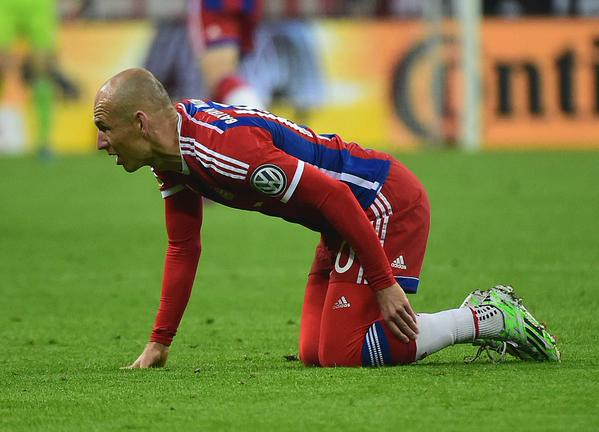 Arjen Robben Has Suffered an Injury Setback after His Retur from a Stomach Muscle Injury. Image: FC Bayern via Getty.