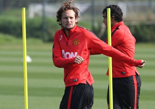 Daley Blind Suffered from Vincent Kompany's Lunging Tackle In the Manchester Derby, According to Louis van Gaal. Image: Man Utd via Getty.