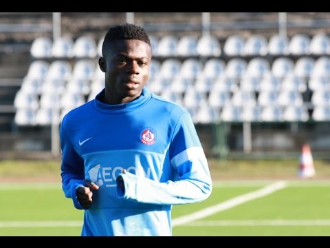 Moses Simon in Contention for Ebony Award.