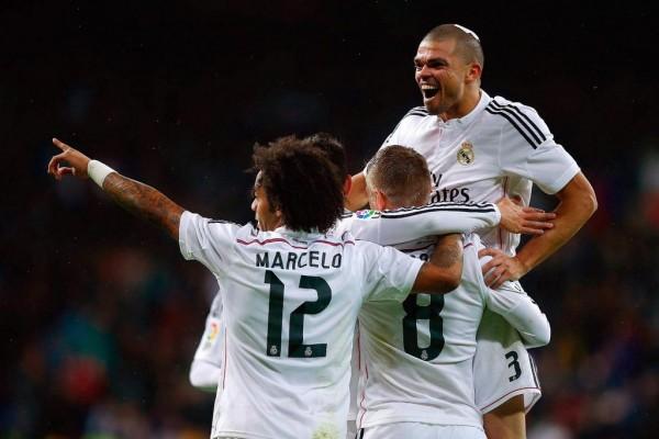 Pepe Celebrates Goal With Team-Mates. Image: Getty.