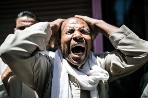 relatives-of-muslim-brotherhood-members-sentenced-to-death-crying-egyptian-courts-8