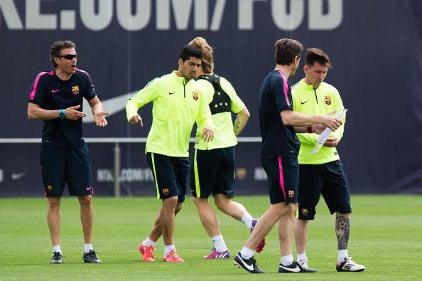 Luis Enrique Dishes Out Instructions During Barcelona Training on Tuesday.nImage: AFP.