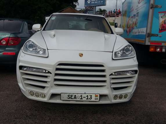 Emmanuel-Adebayor-Asamoah-Gyan-Flaunts-Their-Expensive-Cars-4