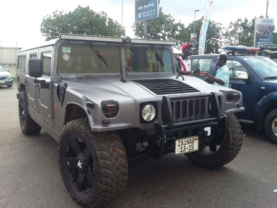 Emmanuel-Adebayor-Asamoah-Gyan-Flaunts-Their-Expensive-Cars-5