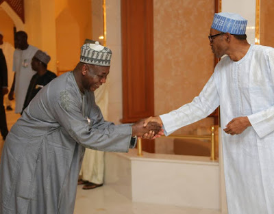 president-buhari-breaks-ramadan-3