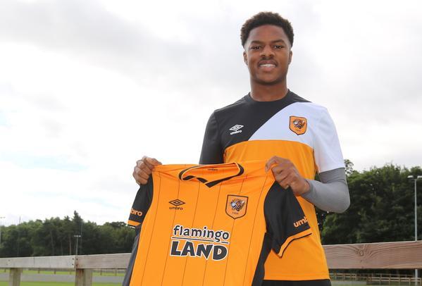 Chuba Akpom Joins Hull City on a Season-Long Loan. Image: twitter/Hull City.