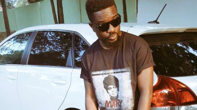 'Stop Dealing With Every Feedback', Sarkodie Advises On How To Handle Internet Trolls