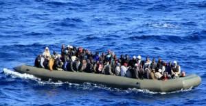 illegal immigrants-boat