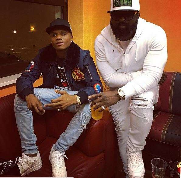 Fans Accuse Wizkid Of Being High In His New Photos