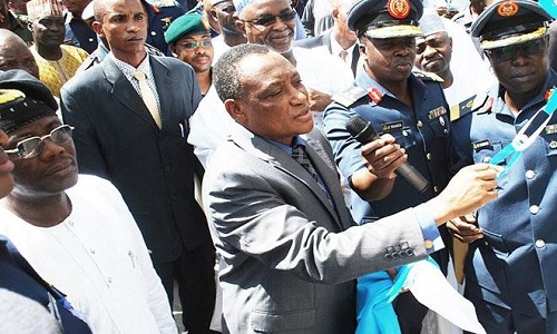 MINISTER OF DEFENCE, RETIRED BRIG.-GEN. MOHAMMED MANSUR DAN ALI COMMISSIONS THE INSTRUCTOR PILOTS AND STUDENT PILOTS ''QUARTER 301 FLYING TRAINING SCHOOL'' AT THE NIGERIAN AIR FORCE BASE IN KADUNA YESTERDAY. | PHOTO: DAILY TRUST