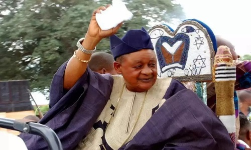 [SEE PHOTO]: Alaafin Of Oyo Displays His Level Of Fitness In New Photo