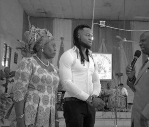 Flavour-visits-Enugu-Church-of-God