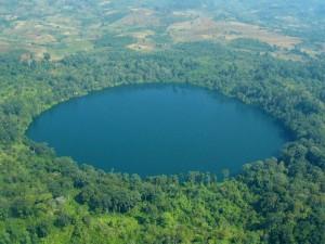 lake-yeak-laom-cambodia