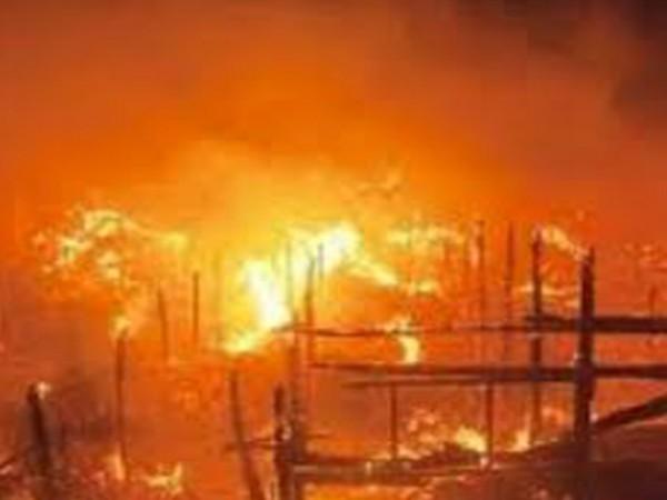 220314n.-Fire-in-Mammy-Market-696x522