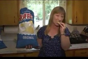 Potato-chip-credited-with-early-detection-of-womans-cancer