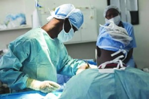 african-doctors-e1459958348497