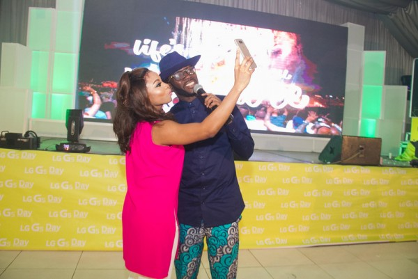 TOKE MAKINWA AND J MARTINS EXPERIENCING LG G5