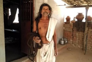 Indian-man-seeks-Guinness-record-with-62-foot-long-hair