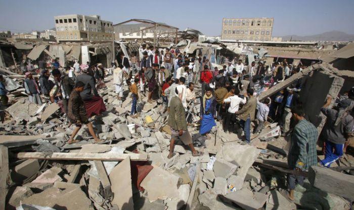 Yemen  Double Car Bomb Attack Kills 6 In Aden Army Base