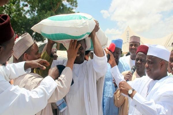 Aminu Tambuwal-fertilizer distribution
