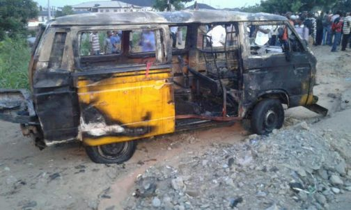 Bus-504x302